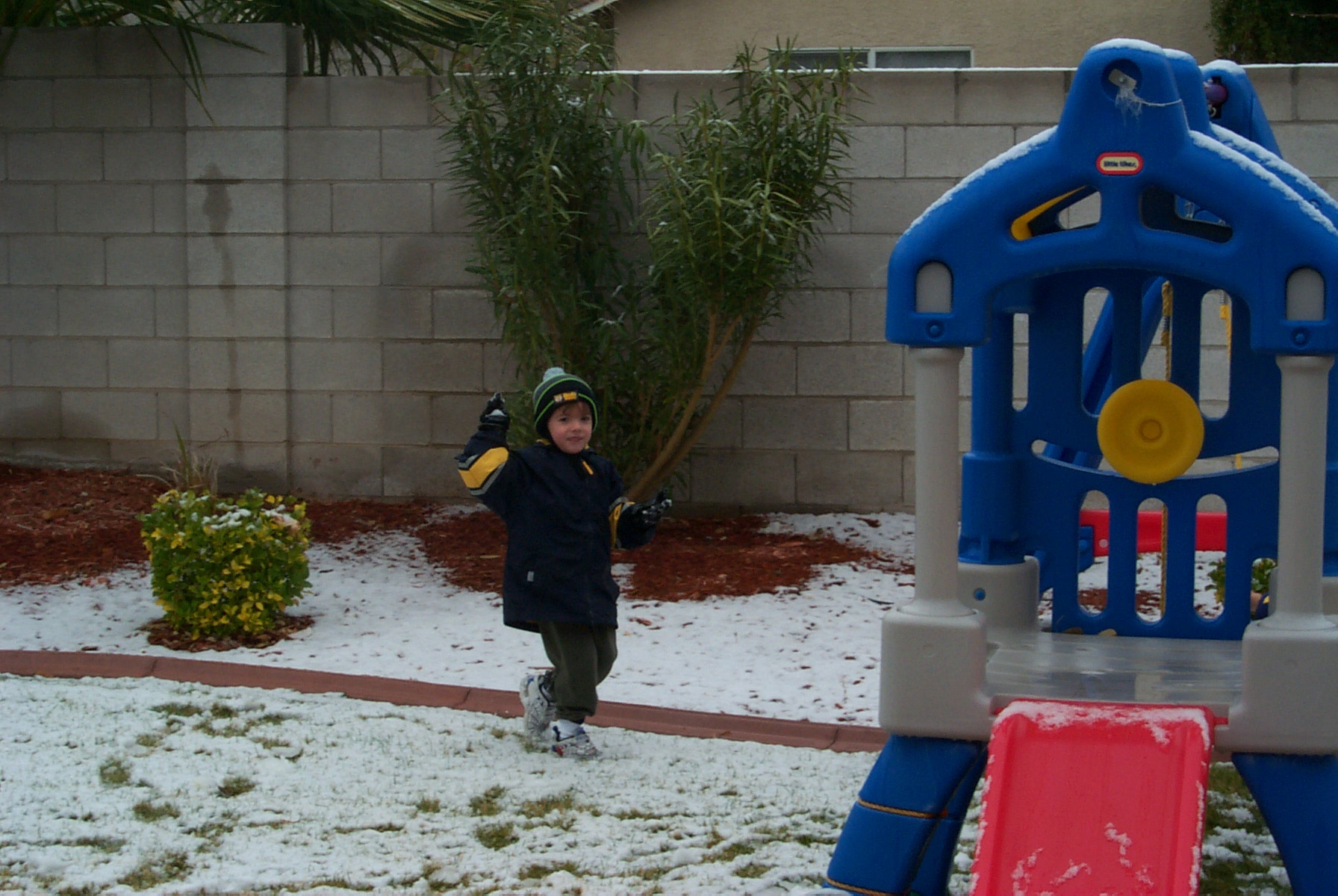 Snow Day in Henderson Dec. 2003